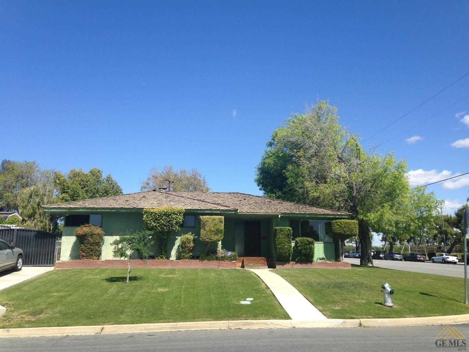 1412 Radcliffe Ave, Bakersfield, CA 93305
