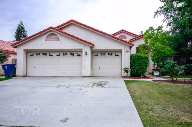 10405 Sunset Canyon Dr, Bakersfield, CA 93311