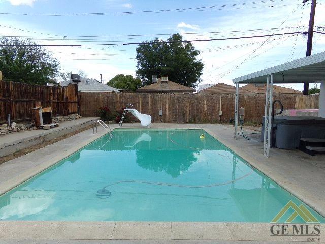 1106 Doyle Street, Bakersfield, CA 93308