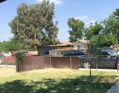 130 Clifton Street, Bakersfield, CA 93307