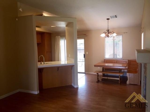 3109 Silver Spur Way, Bakersfield, CA 93312