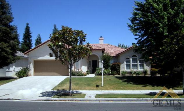 10112 Brandy Rose St, Bakersfield, CA 93311