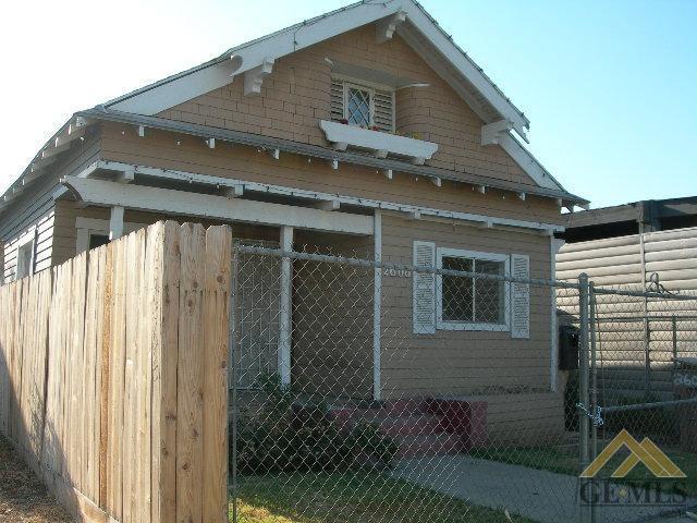 2606 K Street, Bakersfield, CA 93301
