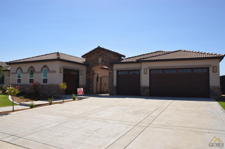 14305 Prestonbrook Drive, Bakersfield, CA 93314