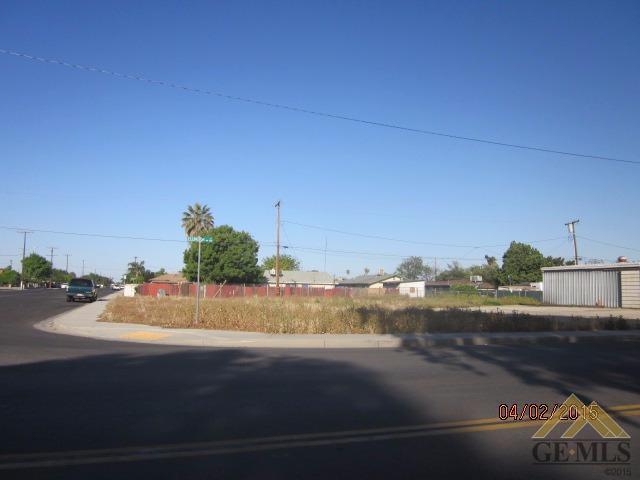 801 Ellington St, Delano, CA 93215