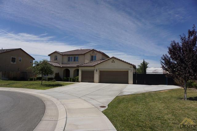 15714 La Strada Ct, Bakersfield, CA 93314