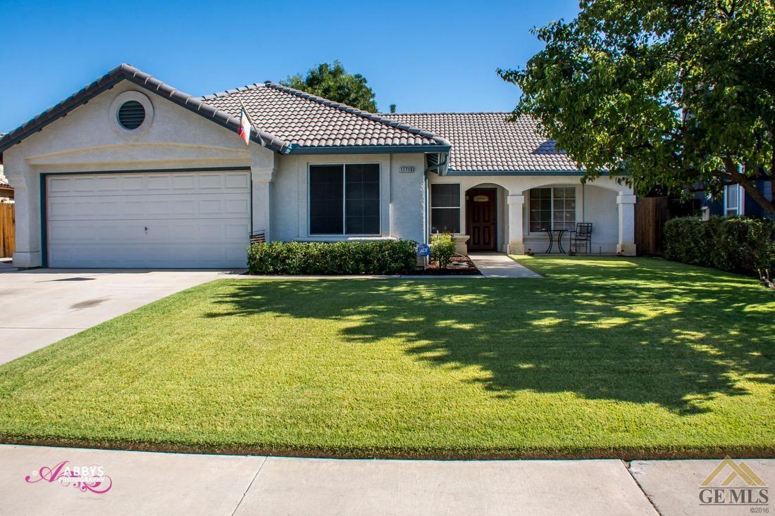 11710 Wrangler Drive, Bakersfield, CA 93312