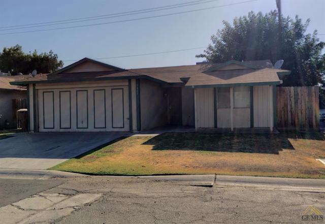 5805 Huntridge Ln, Bakersfield, CA 93313