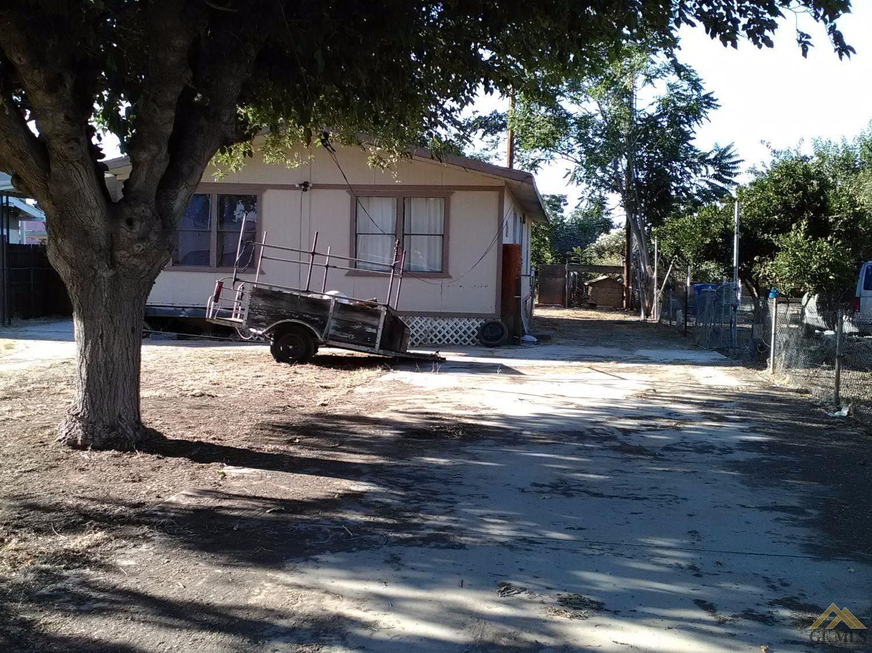 8200 Prata Avenue, Bakersfield, CA 93307