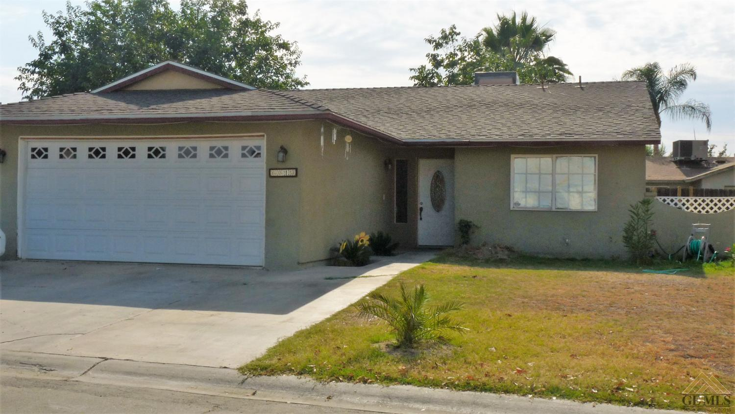 6013 Country View Lane, Bakersfield, CA 93313