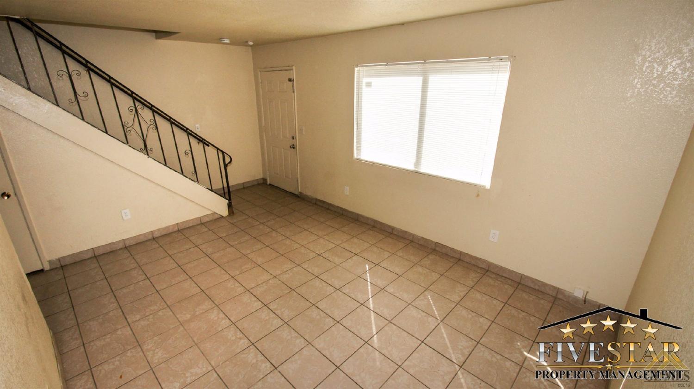 818 Wallace Street, Bakersfield, CA 93307