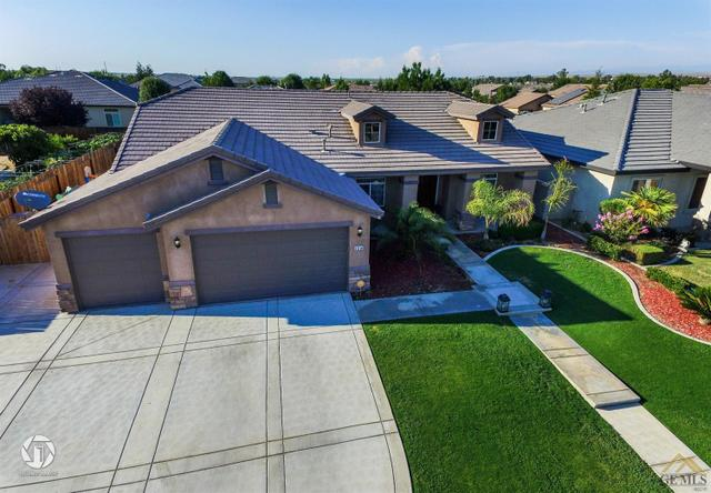 10108 Silverthorne Dr, Bakersfield, CA 93314