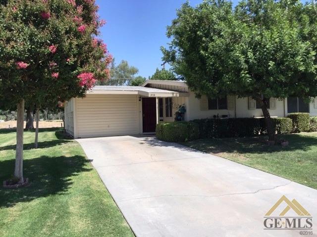 1016 River Oaks Drive, Bakersfield, CA 93309