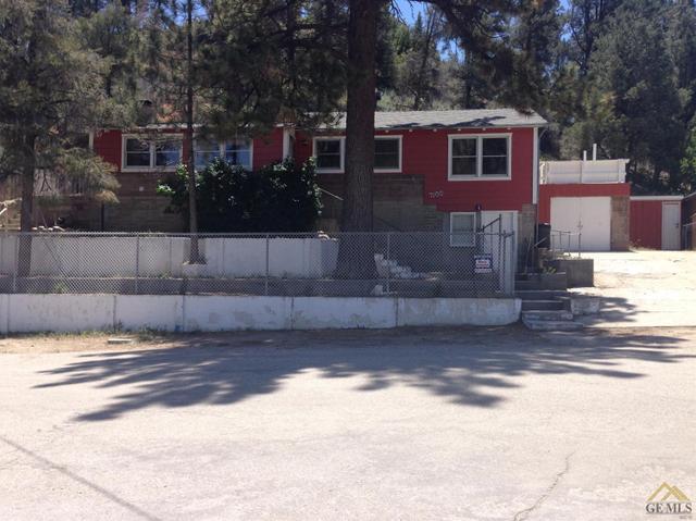 7100 Lakewood Dr, Frazier Park, CA 93225