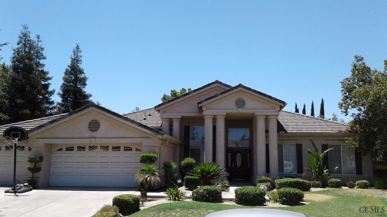 11005 Four Bears Drive, Bakersfield, CA 93312