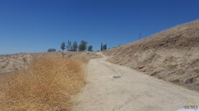101 Patti Ave, Bakersfield, CA 93308