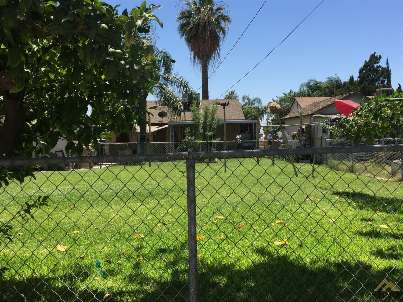 1928 Lake Street, Bakersfield, CA 93305