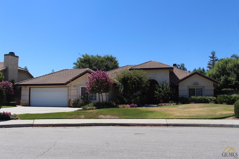 14801 Shaker Crest Pl, Bakersfield, CA 93314