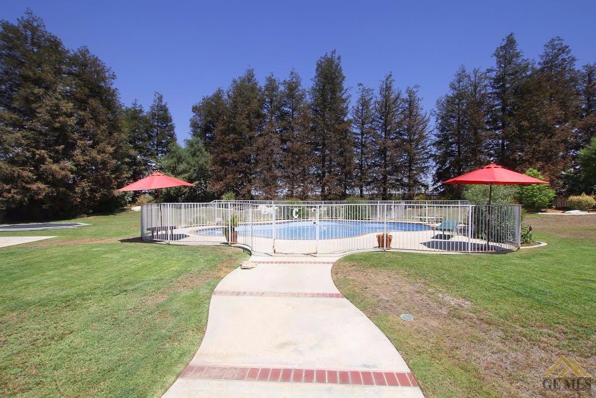 6504 Audene Way, Bakersfield, CA 93308