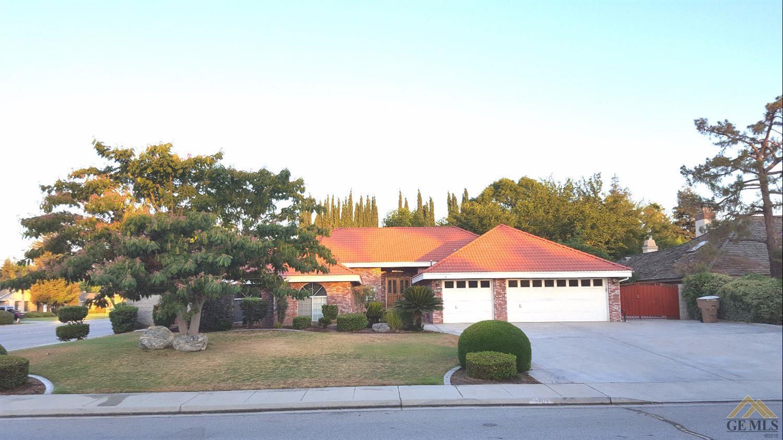 1901 Morning Rose Drive, Bakersfield, CA 93312