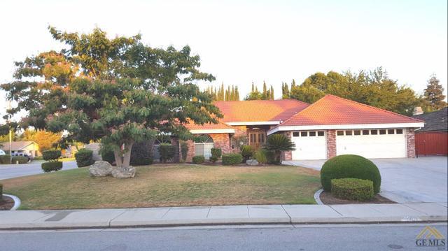 1901 Morning Rose Dr, Bakersfield, CA 93312
