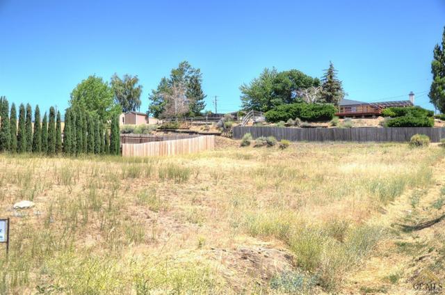 22120 Mariposa Rd, Tehachapi, CA 93561