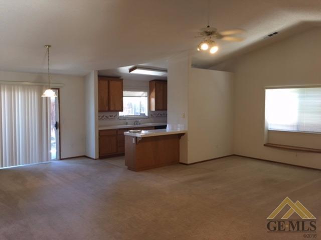 3113 Silver Spur Way, Bakersfield, CA 93312