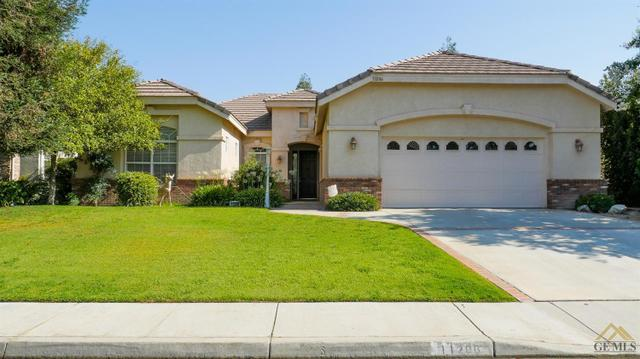 11206 Edinburgh Ct, Bakersfield, CA 93311