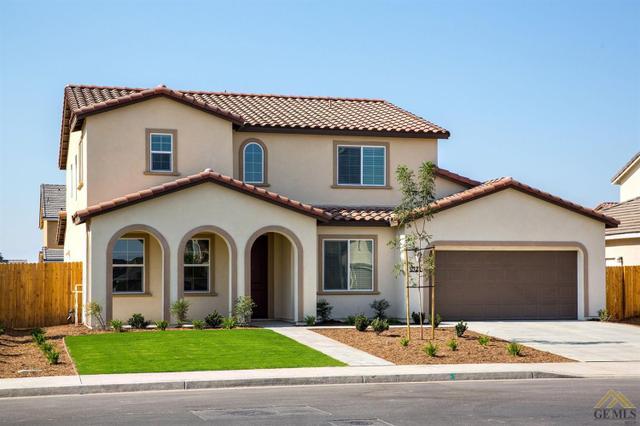5121 Gleaming Gem Way, Bakersfield, CA 93313