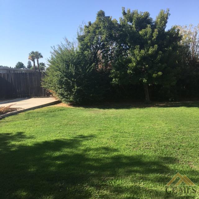 522 Francis Street, Bakersfield, CA 93308