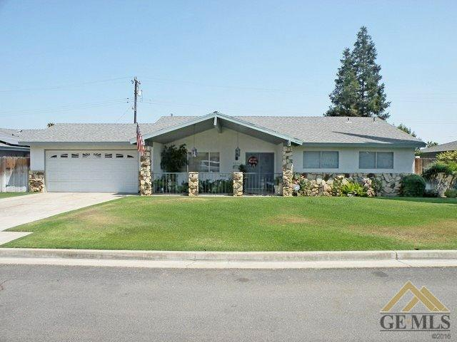 2524 Holladay Ave, Bakersfield, CA 93313