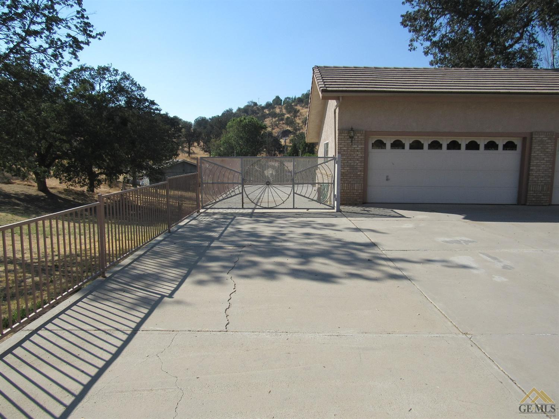 18621 Wingfoot Court, Tehachapi, CA 93561