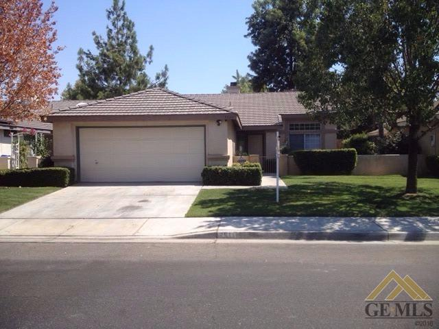 7511 Shadow Wells St, Bakersfield, CA 93313
