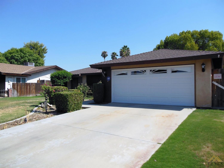 3705 Valley Springs Avenue, Bakersfield, CA 93309