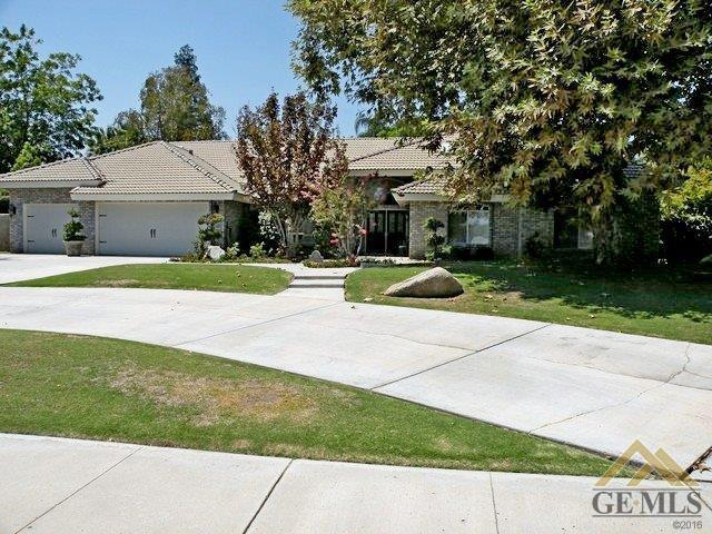1621 Sprucehaven St, Bakersfield, CA 93312