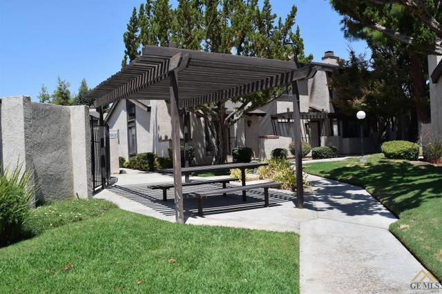 7800 Westfield Rd #29, Bakersfield, CA 93309