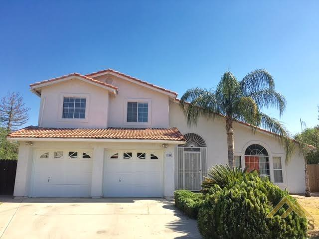 1941 11th Ave, Delano, CA 93215