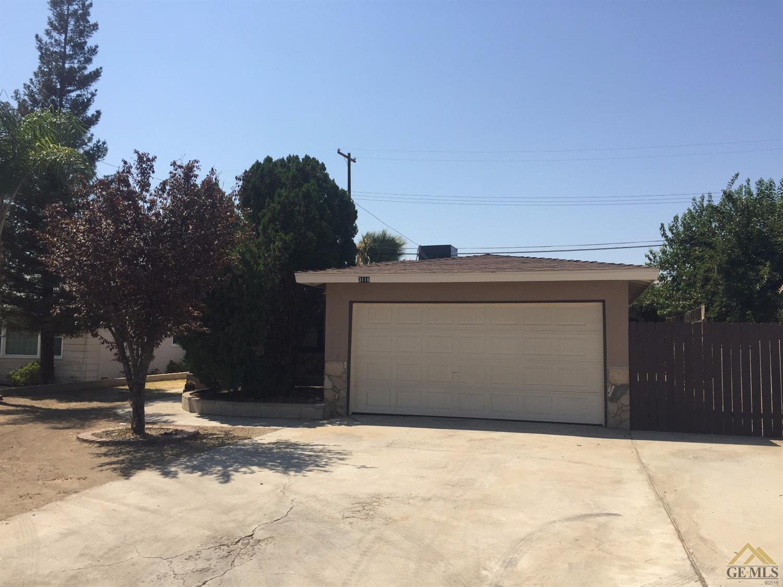 3116 Edwards Avenue, Bakersfield, CA 93306