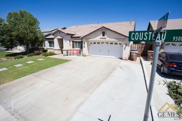 9400 Cousteau Ave, Bakersfield, CA 93311