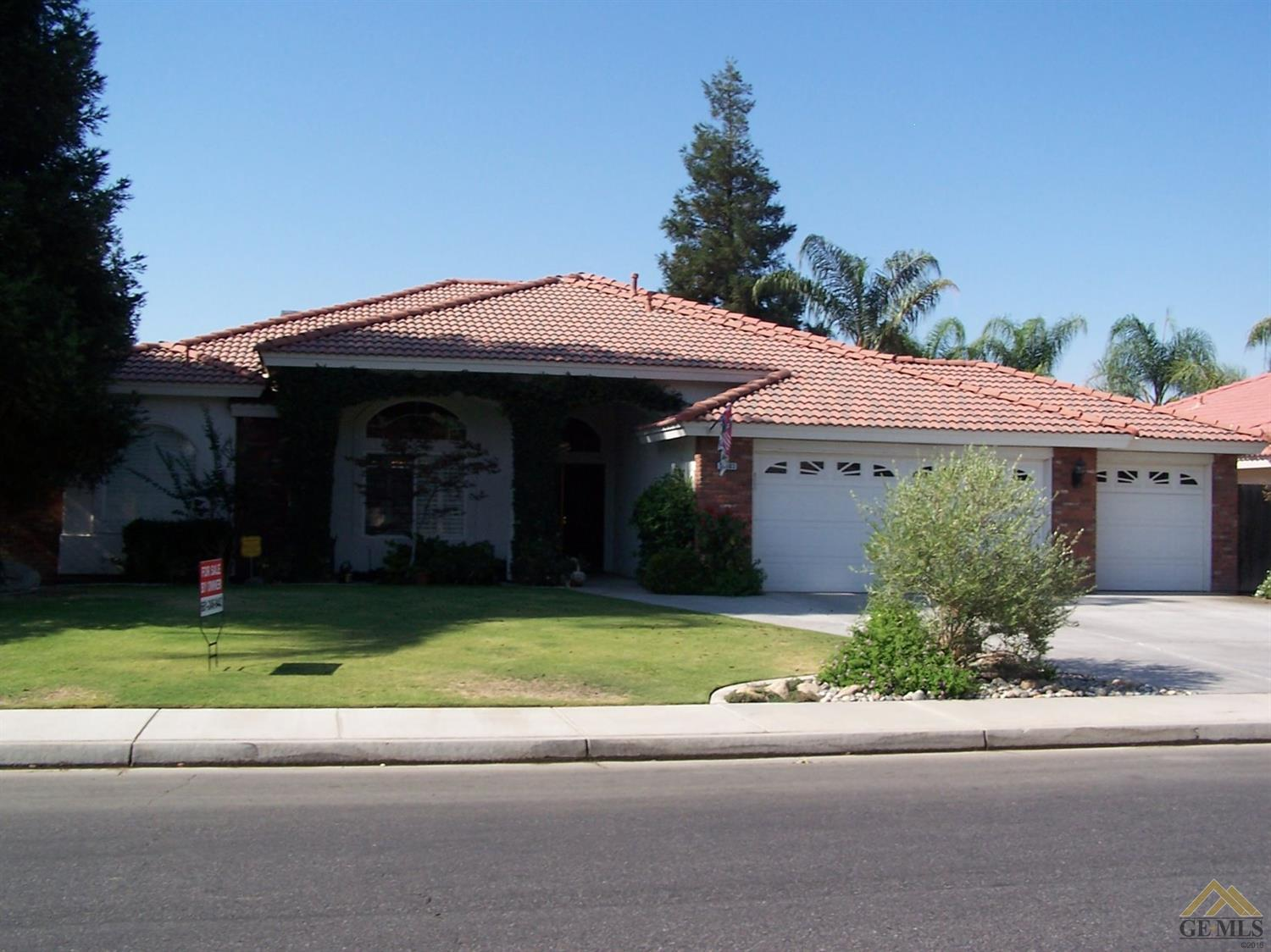 10303 Within Heights Drive, Bakersfield, CA 93311