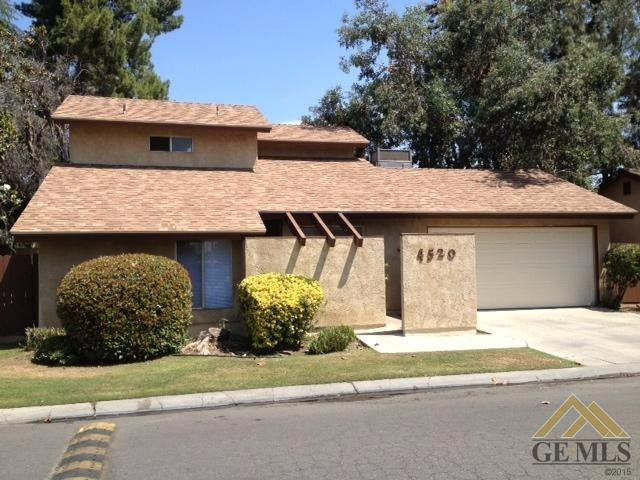 4520 Country Wood Ln, Bakersfield, CA 93313