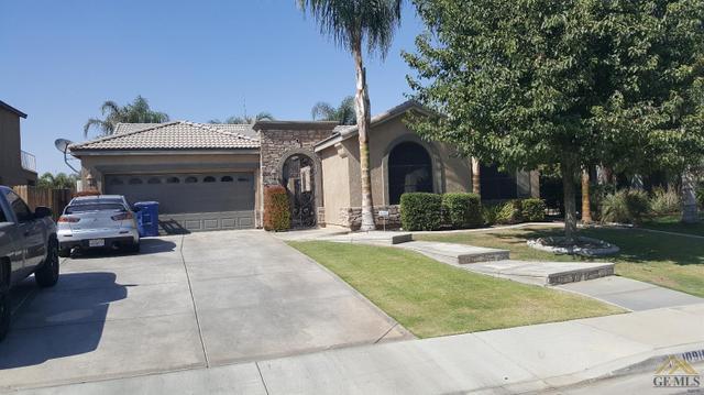 10916 Villa Monterey Dr, Bakersfield, CA 93311