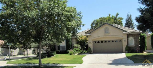 10101 Brigadoon Rose St, Bakersfield, CA 93311