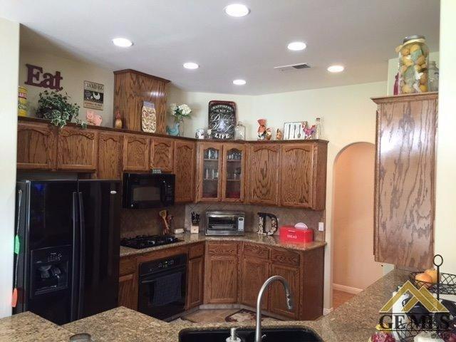 11355 Stroke Cutters Drive, Taft, CA 93268