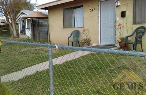 104 Warren Ave #A, Bakersfield, CA 93308