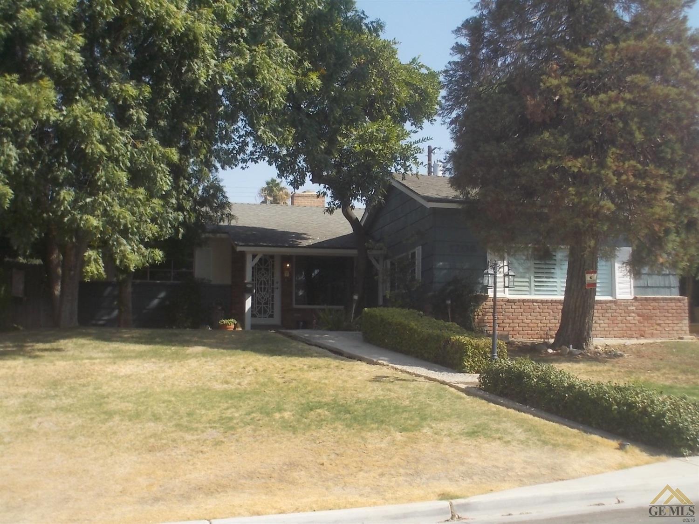 1208 Telegraph Avenue, Bakersfield, CA 93305