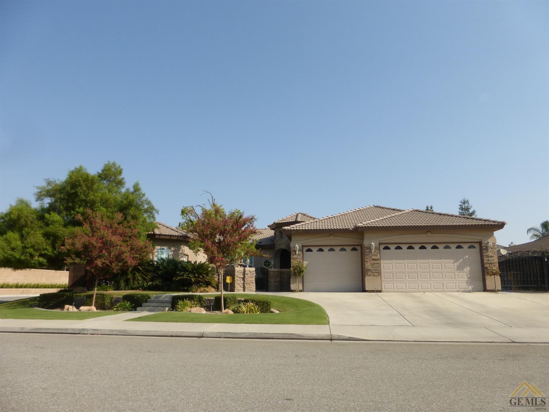 15806 Joseph Phelps Ave, Bakersfield, CA 93314