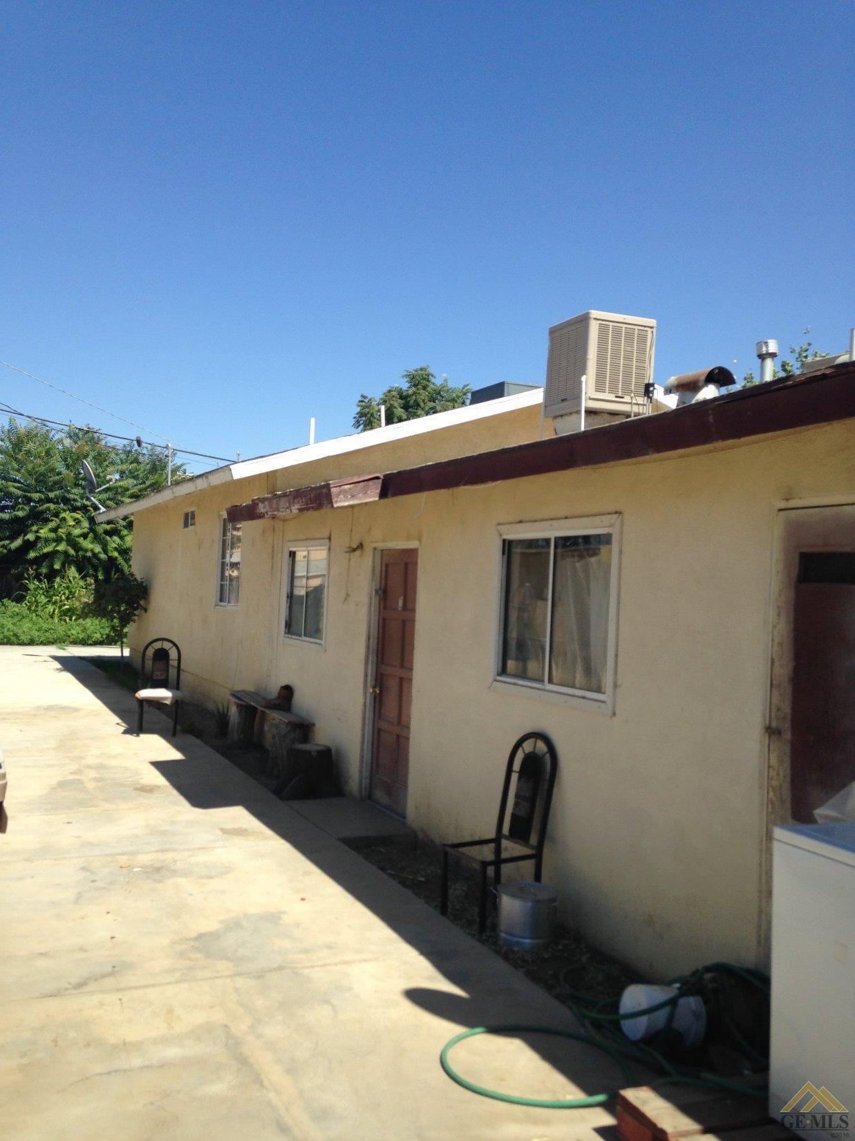 11017 Santa Ana Street, Lamont, CA 93241