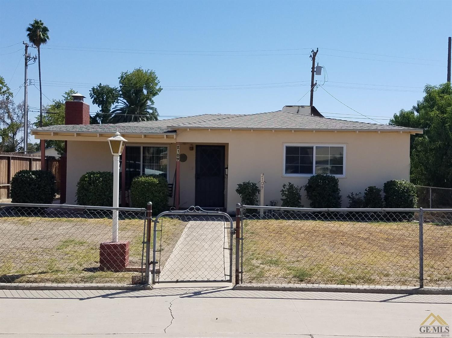 2109 2nd St, Wasco, CA 93280