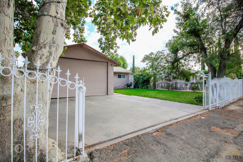 51 Garden Drive, Bakersfield, CA 93307